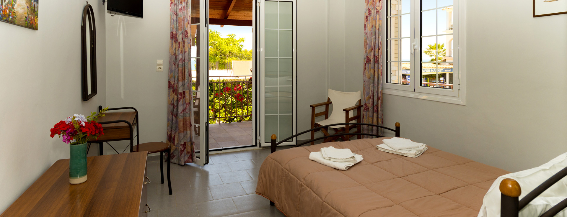 Double Room at Lemonia Accommodations, with sea view terrace